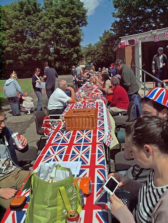 Queen's Diamond Jubilee - Glentham Street Party