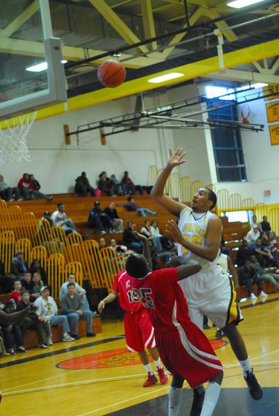 20090301_MCC Basketball_5724.JPG