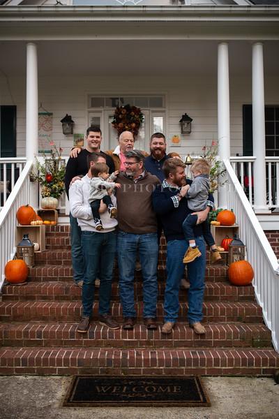 2019 November Ellis Family-211-156.jpg