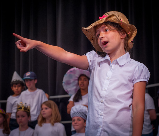 """Hats"" performance at KCD"