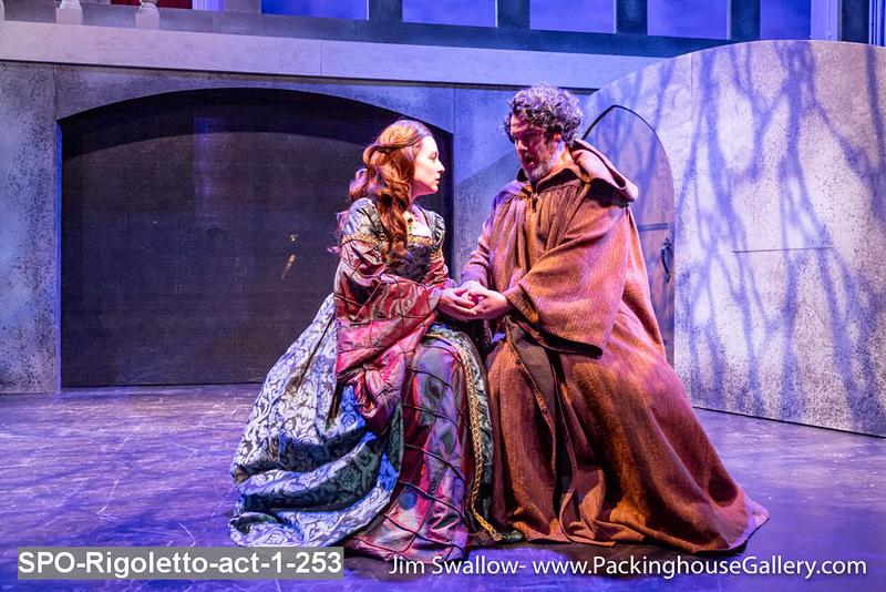 SPO-Rigoletto-act-1-253.jpg