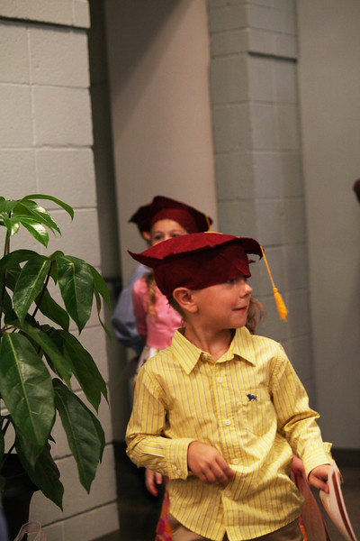 2012May18_MTA Kinder Grad_9794.JPG