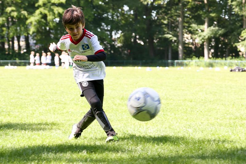 hsv_fussballschule-145_48047950356_o.jpg