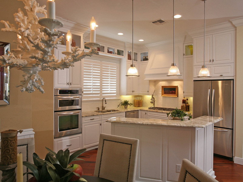 408_Kitchen2.jpg