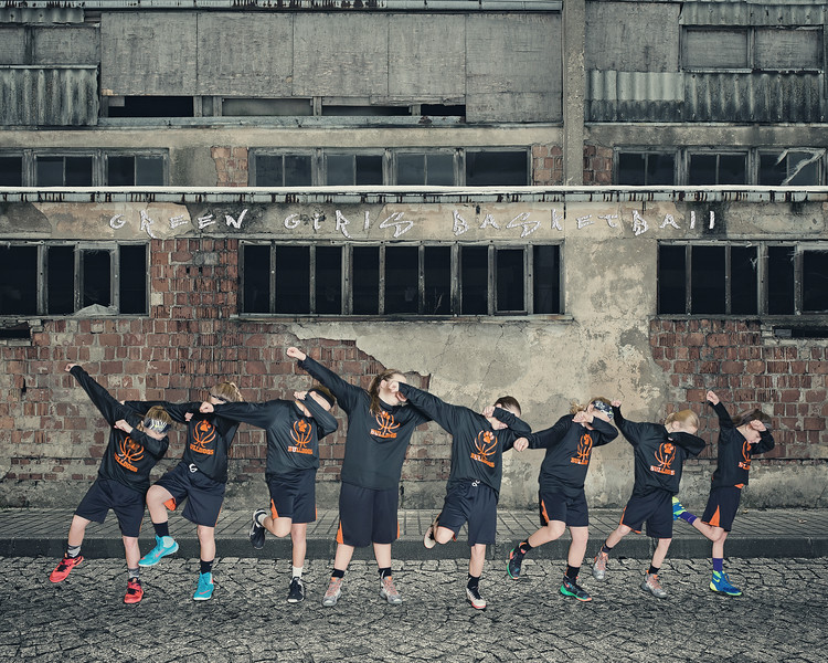 Girls-5th-Grade-Dab.jpg