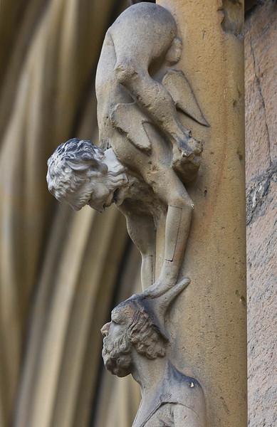 Bamberg. Dom: Fürstenportal, vom Teufel geblendeter Jude