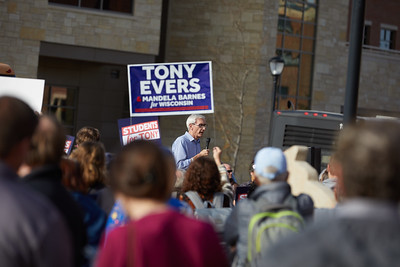2018 UWL Tony Evers Campaign Governor