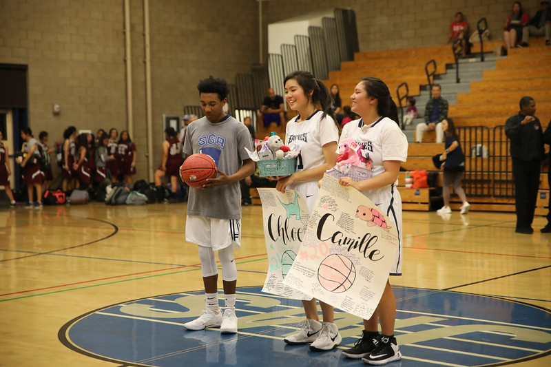 BBSeniorNight020818_021.jpg