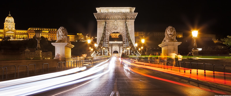 Entering-the-Chain-bridge-3440x1440.jpg