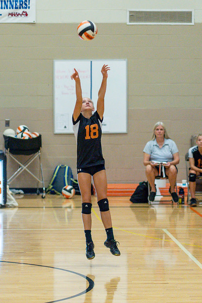 NRMS vs ERMS 8th Grade Volleyball 9.18.19-4977.jpg
