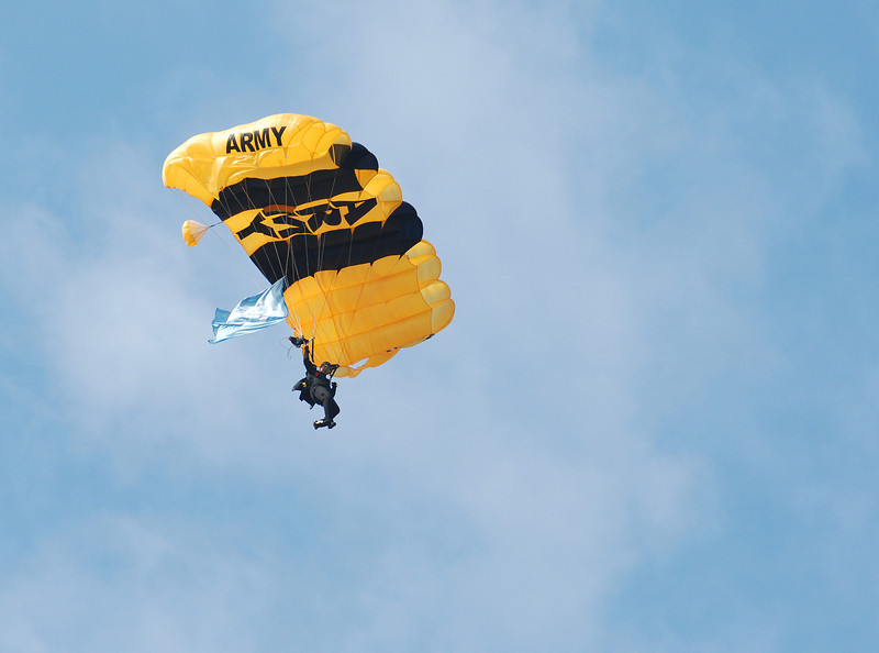 Golden Knights8102.jpg