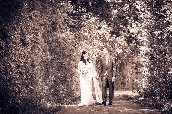 Felicity & Mark's Wedding Video Slideshow
