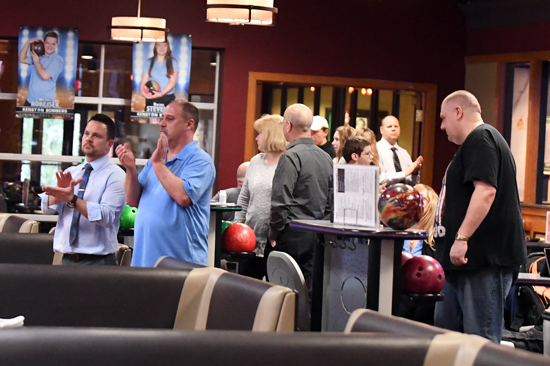 bowling_7477.jpg