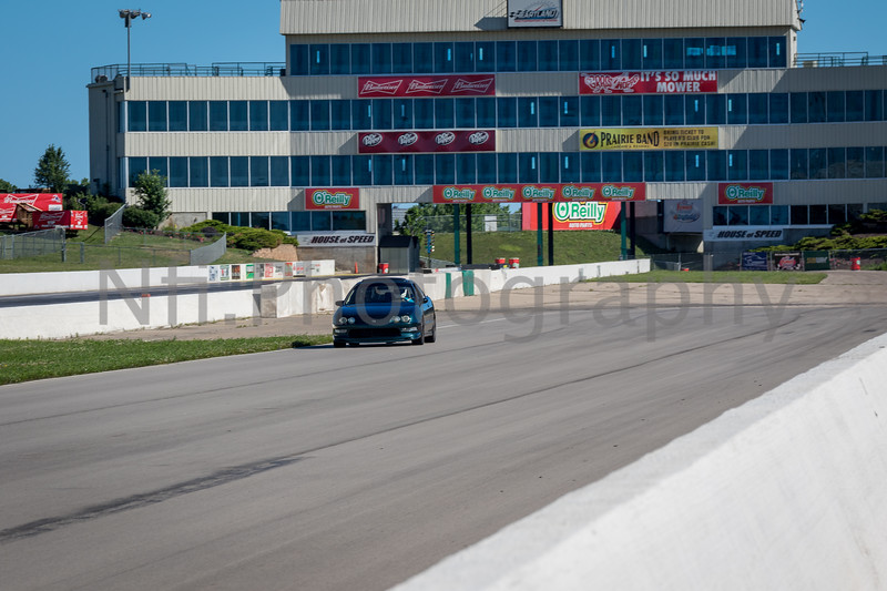 Flat Out Group 3-241.jpg