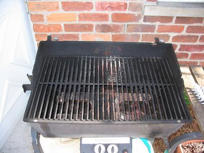"Rebuilding ""Ole Vesuvius"", my grill"