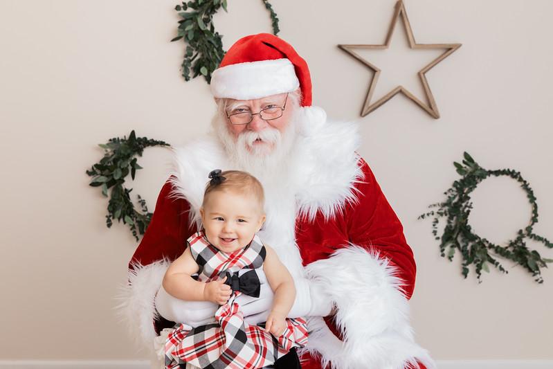 Santa 2017 HIGH Res 370A1040-Edit.jpg