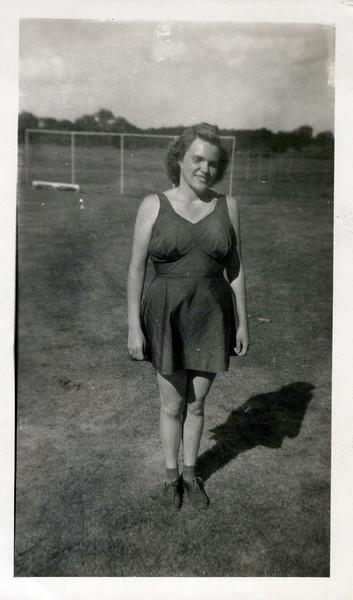 1942 Gerry Gordon.jpeg