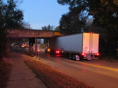 10-26-17 NEWS Stuck truck
