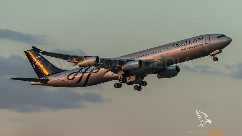 Aerolinas Argentinas / Airbus A340-313 / LV-FPV / Skyteam Livery