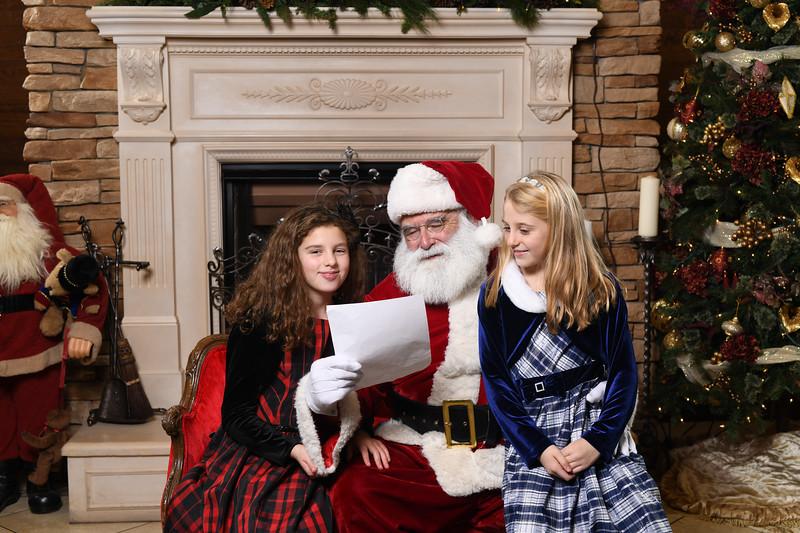 Santa2018.TylerBoye.-108.jpg