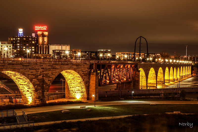 Minneapolis, Stone arch-3.jpg