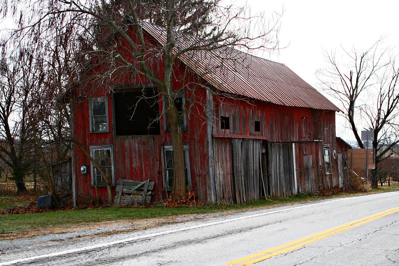 Ohio Amish barn.jpg