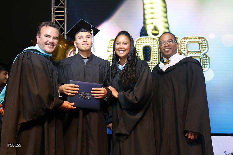 20180615_StudentServGrad-diplomas-104.jpg