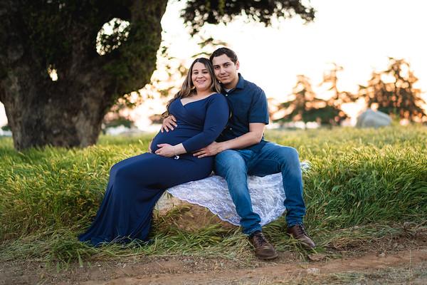 Tiffany Maternity Photo Session
