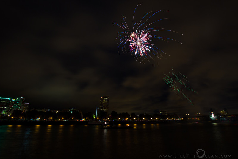 It was quiet a show tonight ! Fireworks for Light The Night walk @ Portland, OR