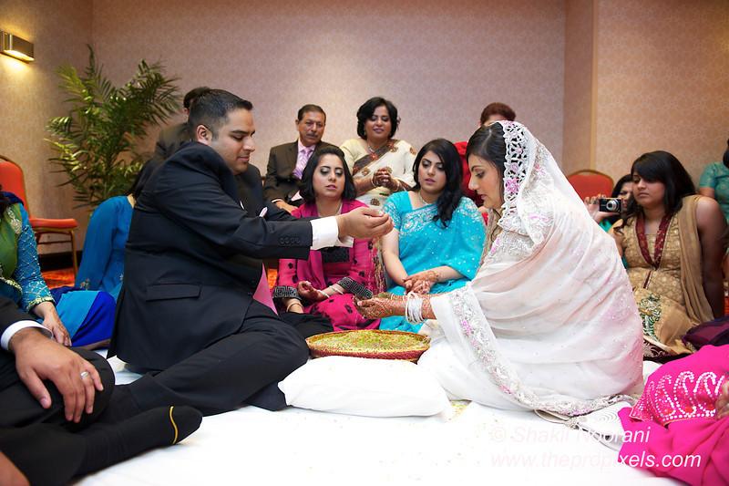 Naziya-Wedding-2013-06-08-01919.JPG