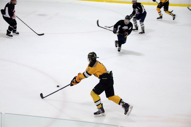140913 Jr. Bruins vs. 495 Stars-161.JPG