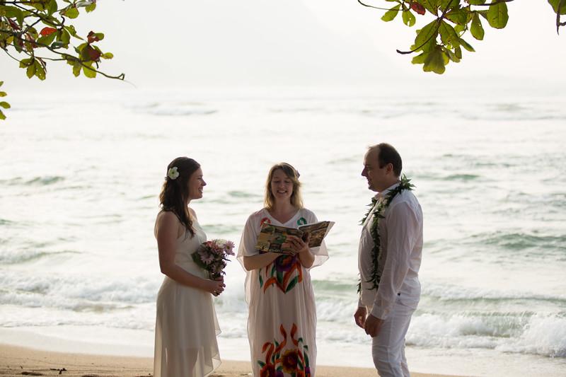 natasha-boris-kauai-wedding-30.jpg