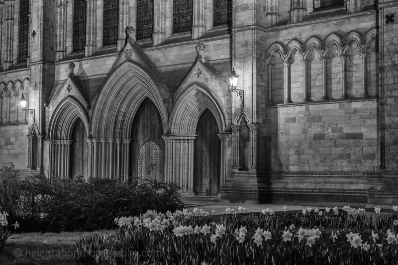 Cathedral at night mono-8.jpg