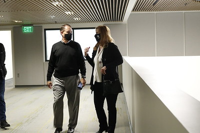 Commissioner Hausmann Tours Central Library on 3/2/21