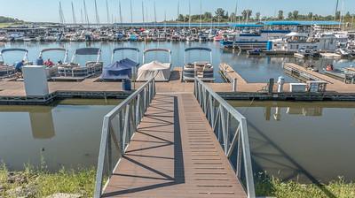 Suntex  - Saylorville Marina