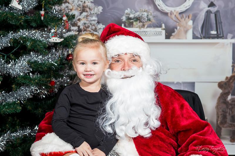 StaceyTompkinsPhotography-Santa2018 (43 of 79).jpg