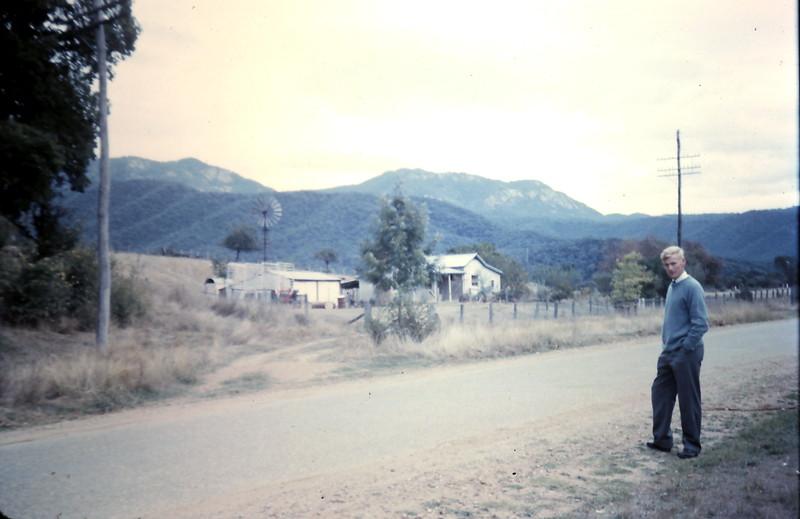 1961-3-26 (16) Graham with Mt Buffalo i background.JPG