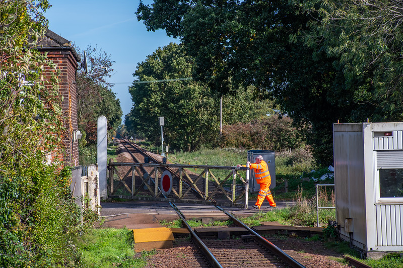 Lingwood Station Crossing