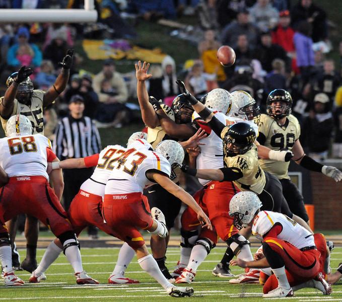 Deacon FG defense.jpg