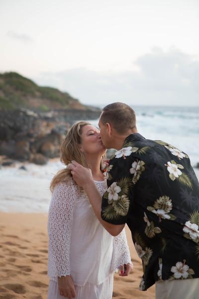 Kauai-sunrise-wedding-7.jpg