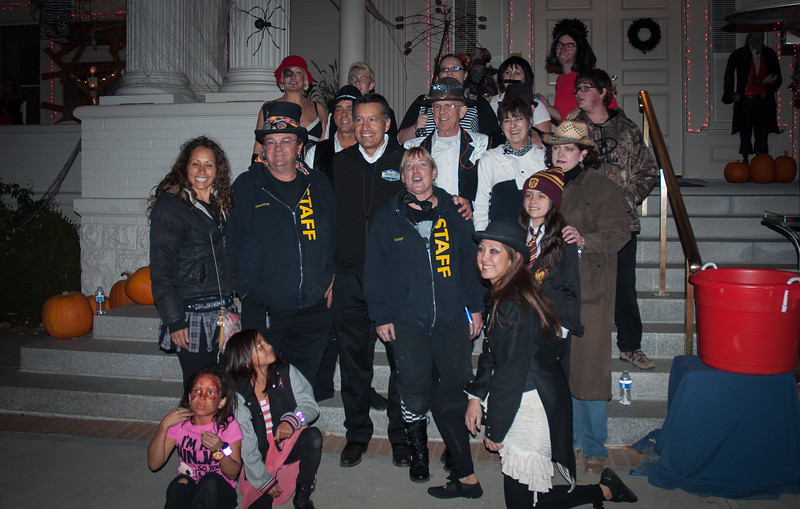 The whole group with the gov  Color 8X10 0r 5X7.jpg