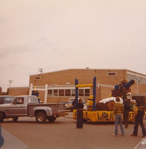 1977 Homecoming Float