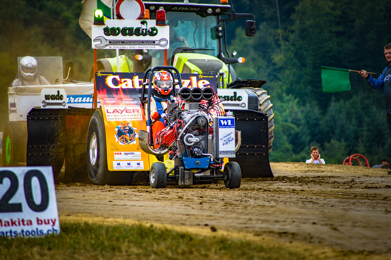 Tractor Pulling 2015-02239.jpg