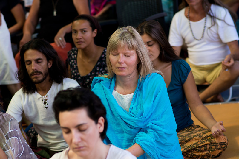 2013-07-21 sunday satsang people3.jpg