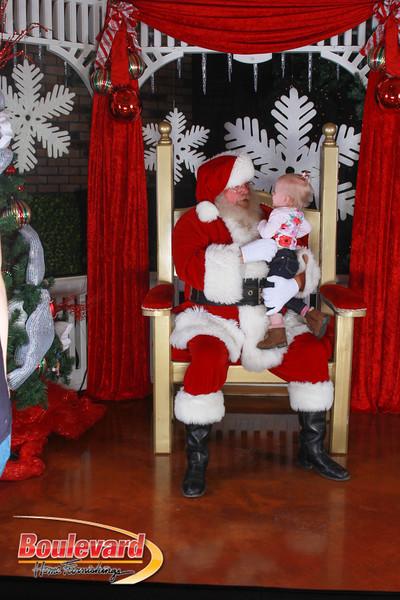 Santa 12-17-16-365.jpg