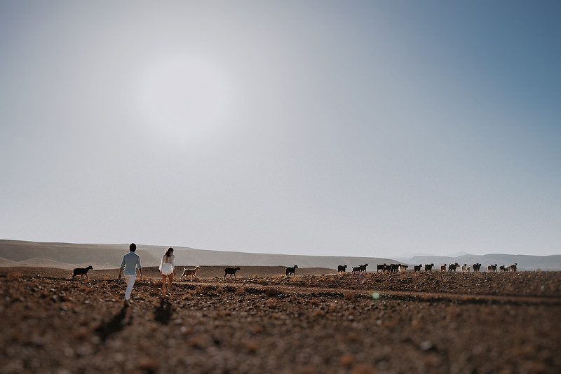 Tu-Nguyen-Destination-Wedding-Photographer-Morocco-Videographer-Sahara-Elopement-138-8.jpg