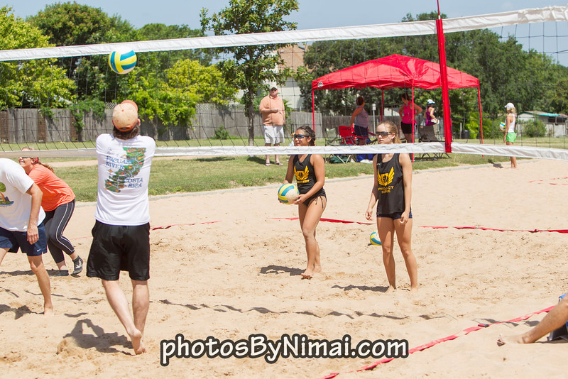 APV_Beach_Volleyball_2013_06-16_9724.jpg