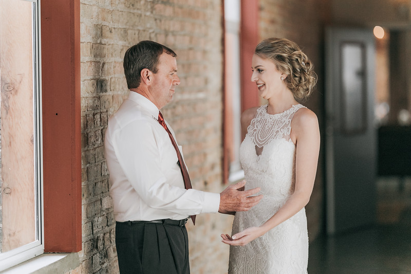 Shayla_Henry_Wedding_Starline_Factory_and_Events_Harvard_Illinois_October_13_2018-161.jpg