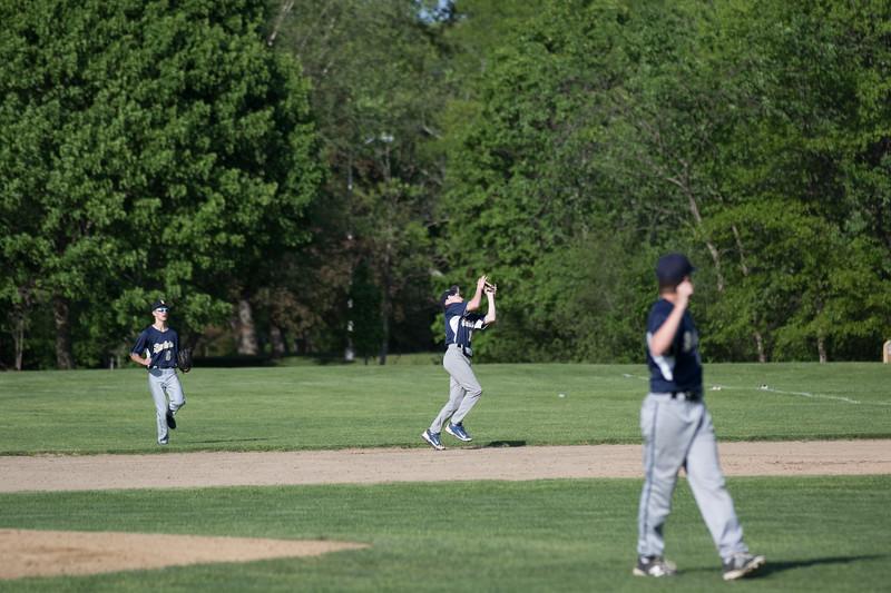 freshmanbaseball-170519-071.JPG
