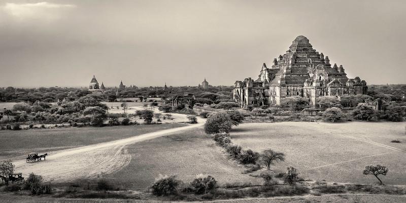 Damyangi Stupa in Bagan.
